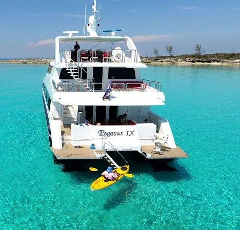 power_catamaran_pegasus_featured-1