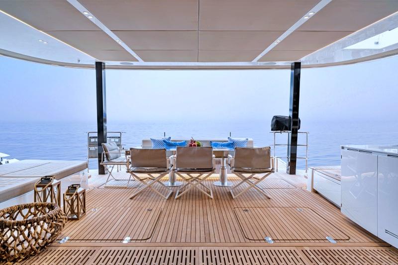 catamaran endless horizon
