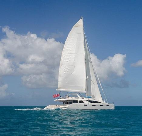 catamaran_akasha_featured