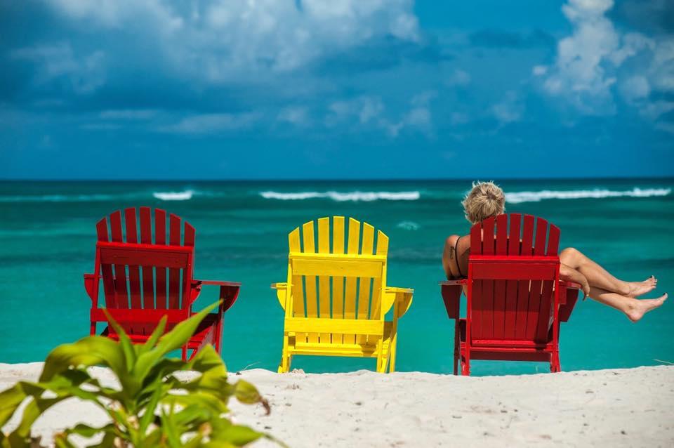 cow_wreck_beach_chairs