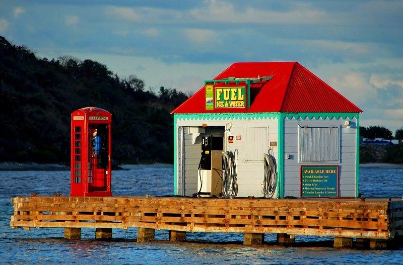 marina_cay_fuel_dock
