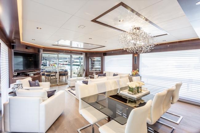 motoryacht_angeleys_salon-1