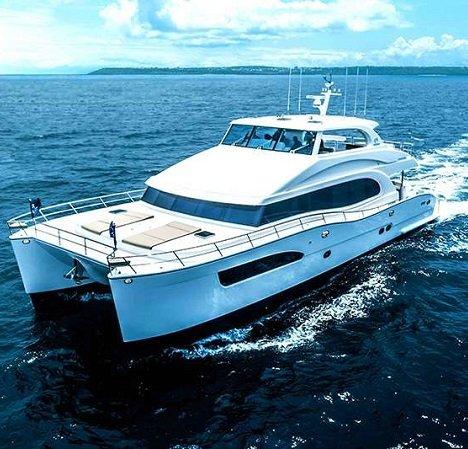 power_catamaran_seaglass_featured