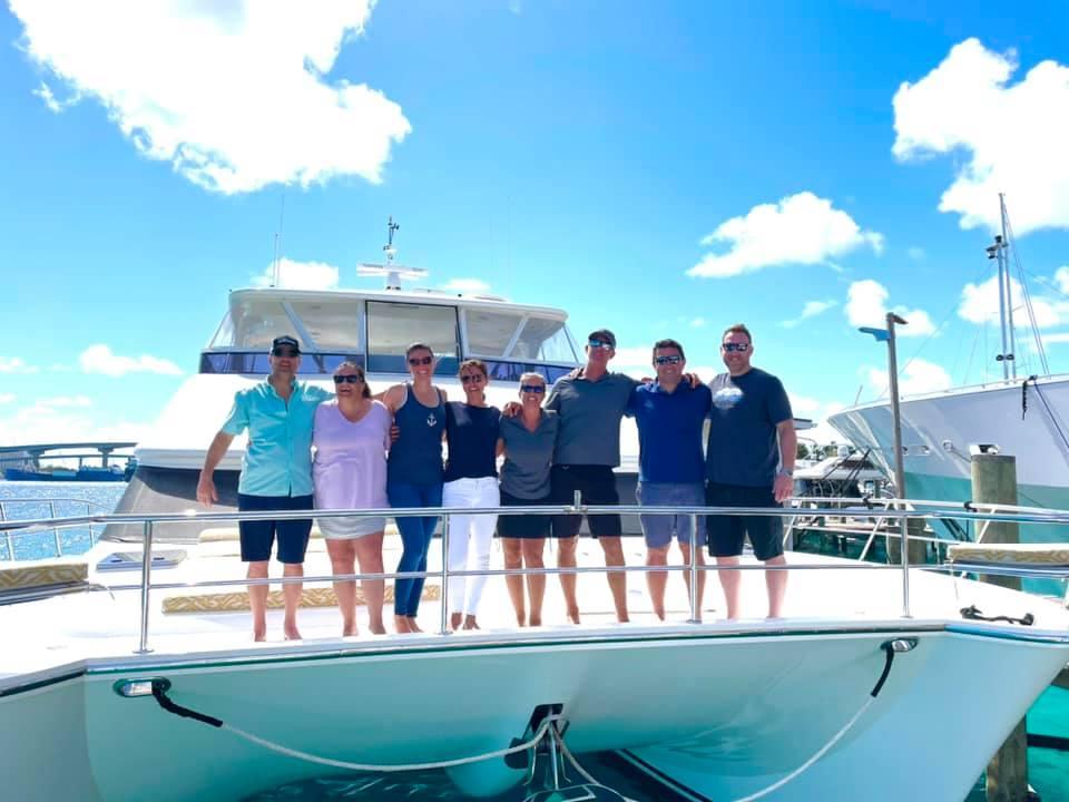 Catamaran_Mucho_Gusto_fb_guests