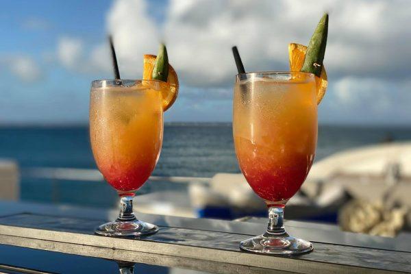 angeleyes_netflix_cocktail
