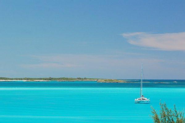 bahamas-catamaran