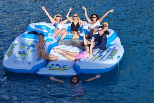 catamaran_adadstra_floatingisland2