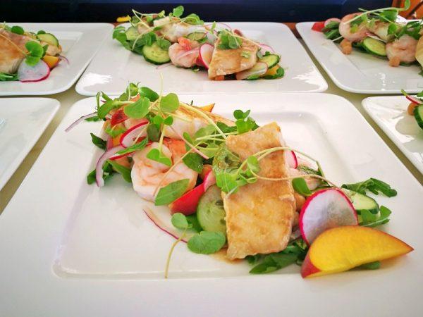 catamaran_amazing_grace_cuisine2