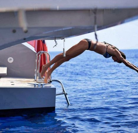 catamaran_babac_water_access