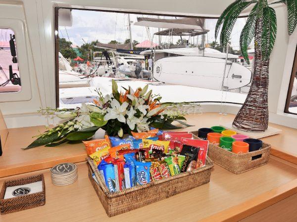 catamaran_copper_penny_snackstation
