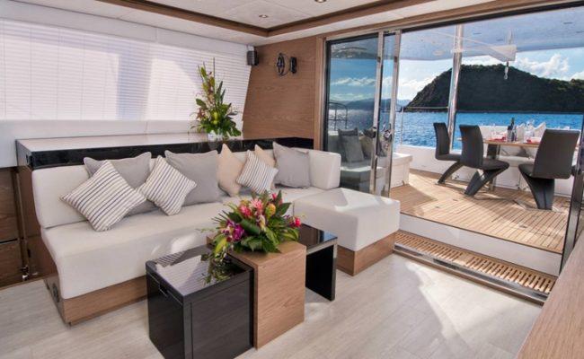 catamaran_euphoria_salon