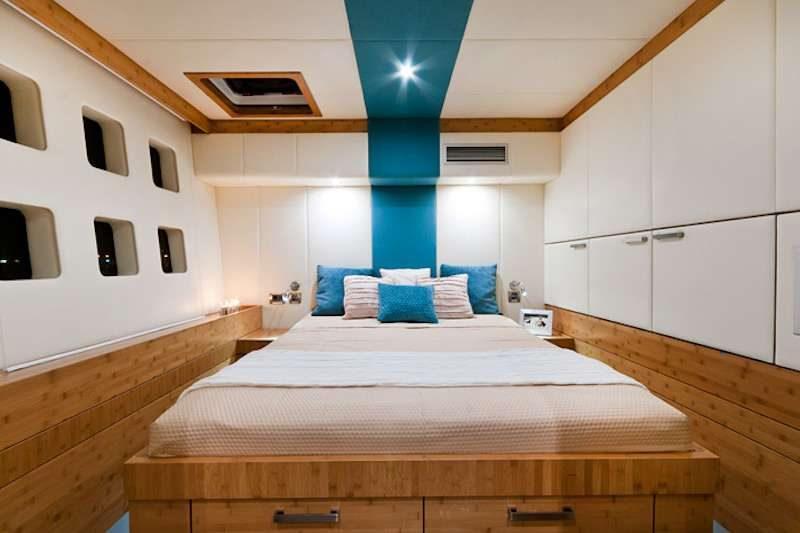 catamaran_excess_guest_cabin2