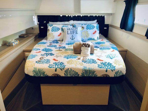 catamaran_g2_guest_cabin1