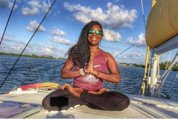 catamaran_island_girl_yoga