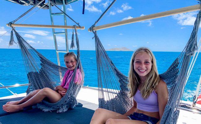 catamaran_lsland_hoppin_family_hammocks