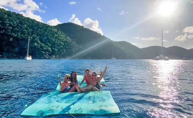 catamaran_lsland_hoppin_water_lounging
