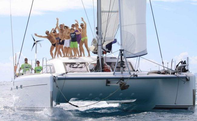 catamaran_nemo_sailing