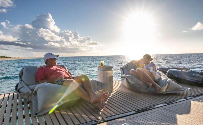catamaran_relentless_relax