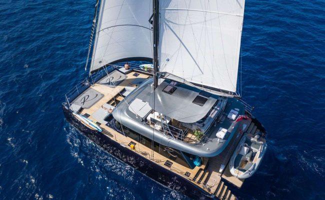 catamaran_relentless_single