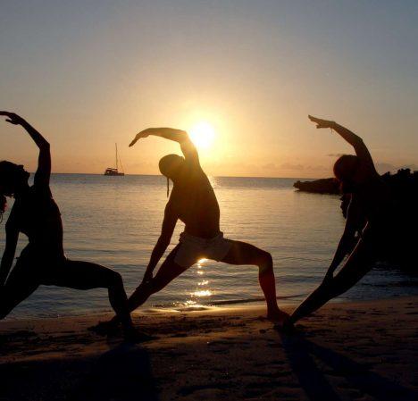 catamaran_shangri_la_yoga2