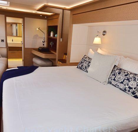catamaran_tellstar_master_suite1