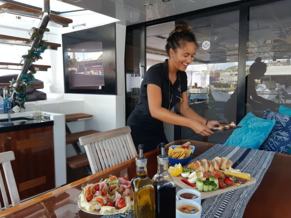 catamaran_tiger_lily_cuisine