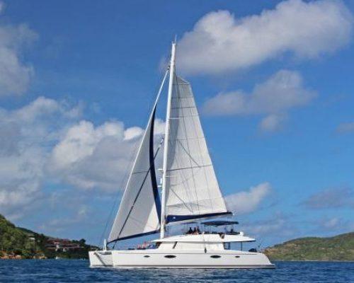 catarmaran_bamarandi_sailing-e1489416004530