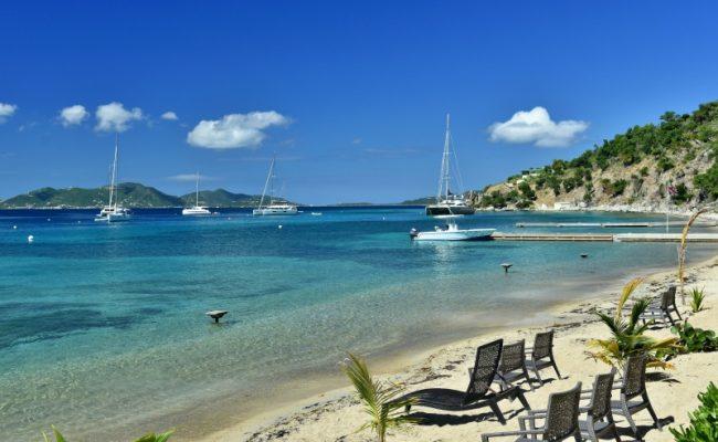 cooper-island-beach-club3