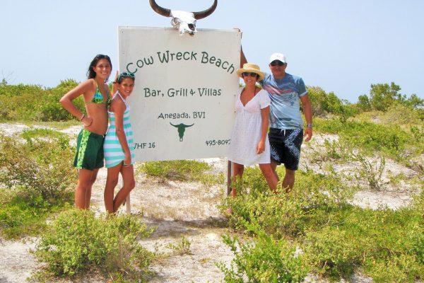 cow_wreck_beach-_bar
