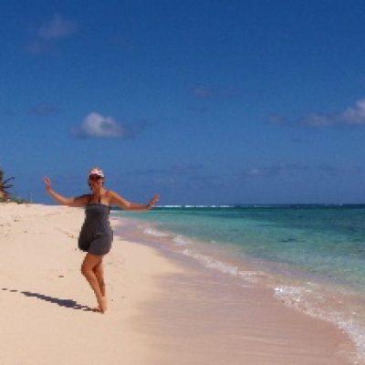 hiking_anegada_beachwalk