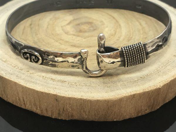 st.-john-bracelet