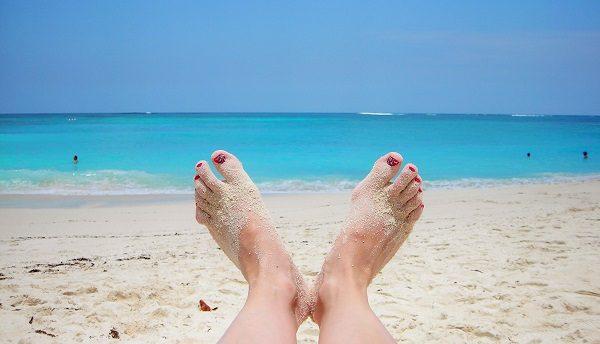 toes_beach